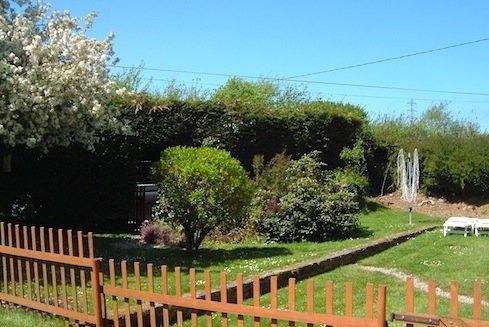 Private Garden Gite La Bucaille 489 x 326